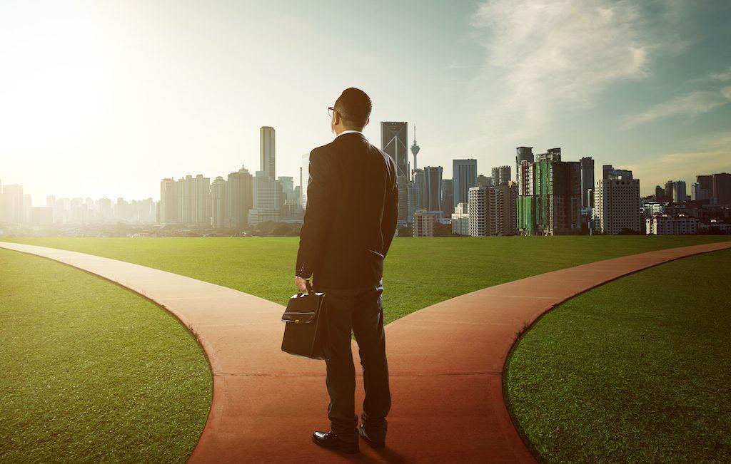 The Hidden Benefits of Hiring an Executive Resume Writer